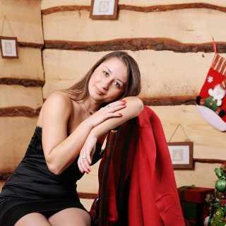 AlyonaKryvoshlykova avatar