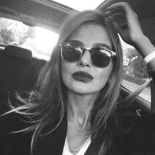ValerieKraskova avatar