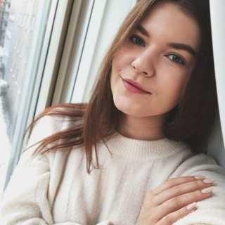 ElizaKhavruk avatar