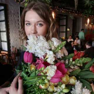 PolinaGuzeeva avatar