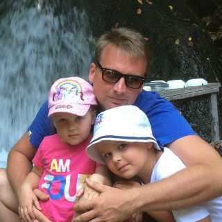 IvanVasilev_7b7a9 avatar