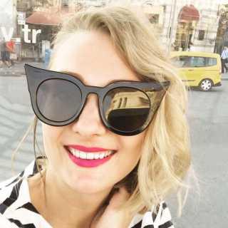 DariaUshakova avatar