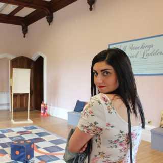 AdrianaCiantar avatar