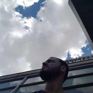 KaroHarutyunyan avatar