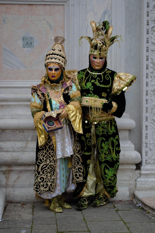 Oriental suits