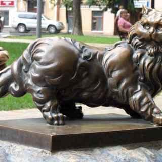 Bronze cat