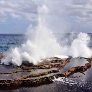 Морские гейзеры Мапуа-а-ваэа