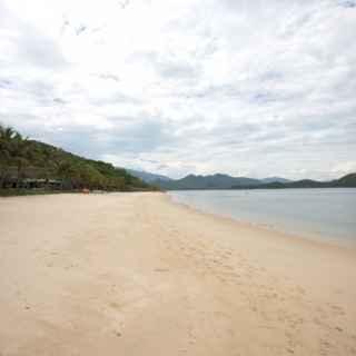 Hon Tam beach
