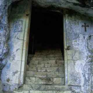 Cave of Simon the Cananite