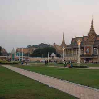 Главные храмы Пном Пеня.