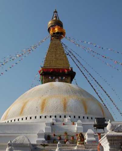 Будданатх — волшебная буддийская ступа в Катманду.