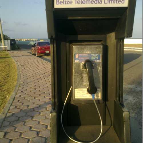 Belizean telephone