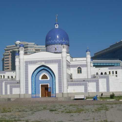 Мечеть в Атырау (Казахстан)