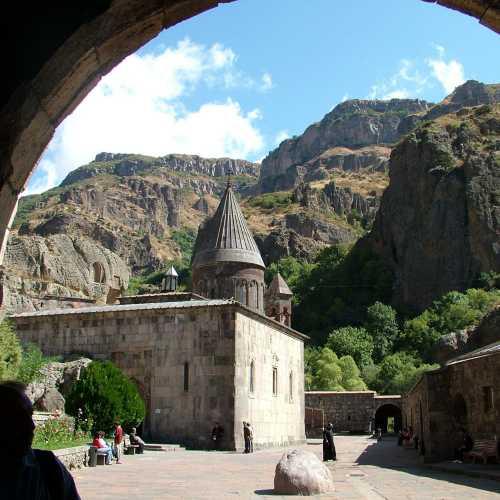 Скльный монастырь Гегард