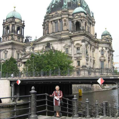 Домский кафедральный Собор в Берлине, Германия