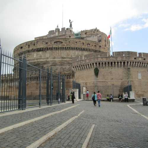 Мавзолей Адриана или замок Святого Аенгела, Italy