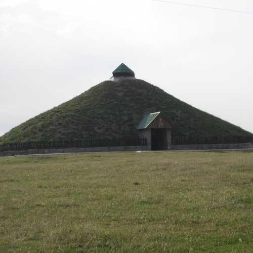Галичина могила в с Крылос, Украина