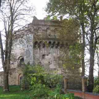 Угловая башня Острожского замка
