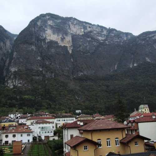 Меццокорона, Italy