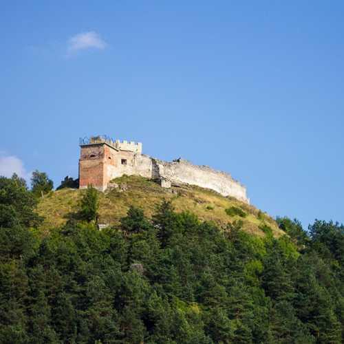 Руины замка на горе Бона в Кременце, Украина