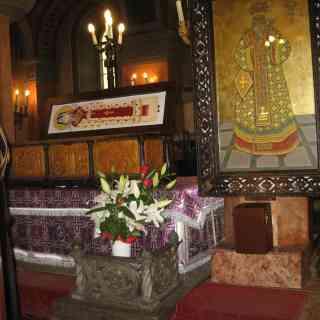 ТИМИШОАРА. кафедральный собор. Рака с мощами Св. Иосифа Тимишоарского