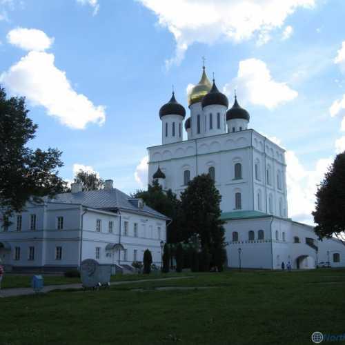 Свято-торицкий собор в Пскове, Russia