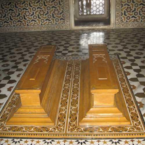 Агра. Интерьер мавзолея Итмад-уд-Дуала