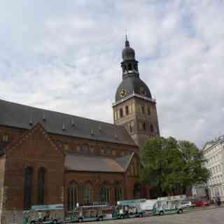Рига. Домский собор — органный зал и, он же, действующий лютеранский собор Рожднства Хримстова