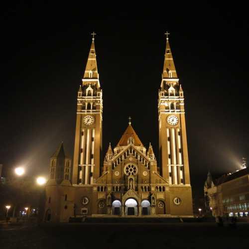 Кафедральный собор Богоматери в Сегеде, Hungary
