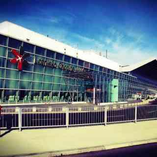 Международный аэропорт имени Фредерика Шопена в ВАРШАВЕ
