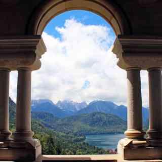 3 июля 2016 г., вид с балкона замка Нойшванштайн, Бавария, Германия