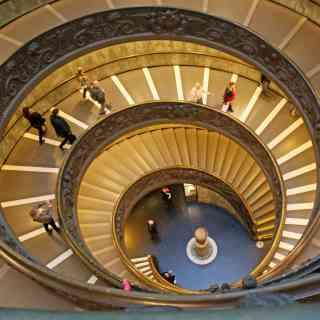 8 ноября 2016 г., Ватикан, Лестница Браманте
