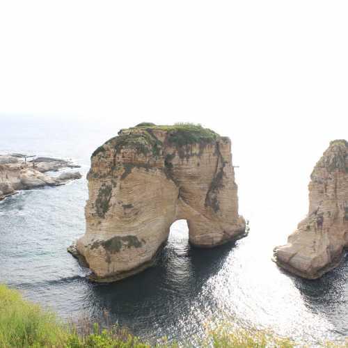 Голубиные скалы, Бейрут