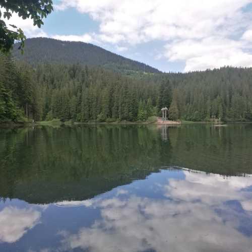 Синевирське озеро, Украина