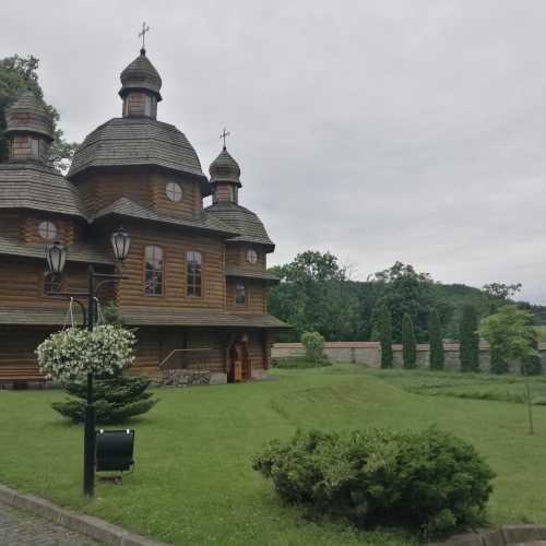 Крехов, Украина