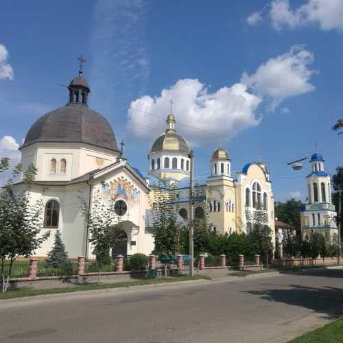 Жолква, Украина