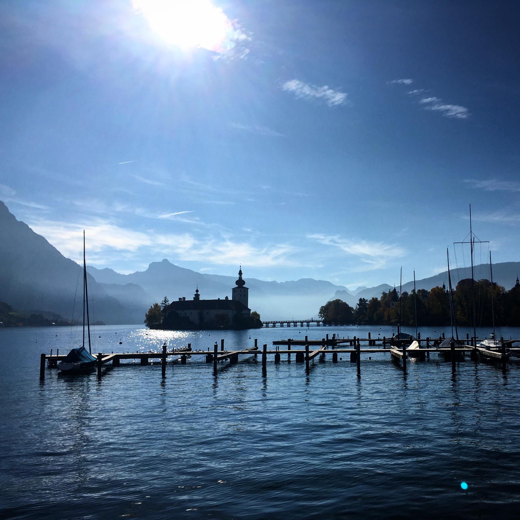 Гмунден, в итоге, произвёл незабываемое впечатление. Одно из красивейших мест, что мы посетили в этом году. Наверное, благодаря погоде, да и какая разница?