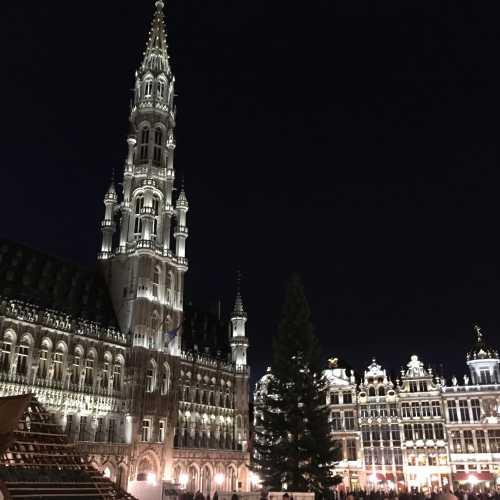 В Брюсселе вечером приятней, чем днём.