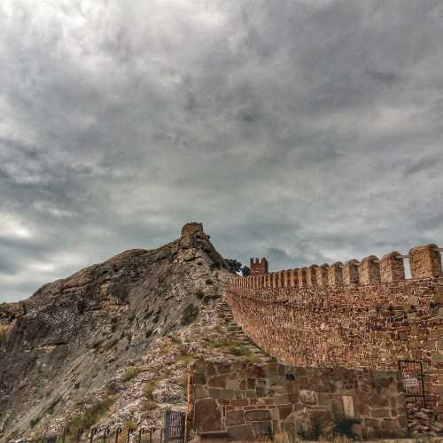 Генуэзская крепость, Ukraine