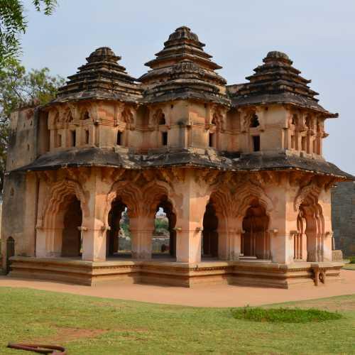 Лотос Махал, Индия
