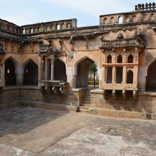 Купальня цариц, Индия