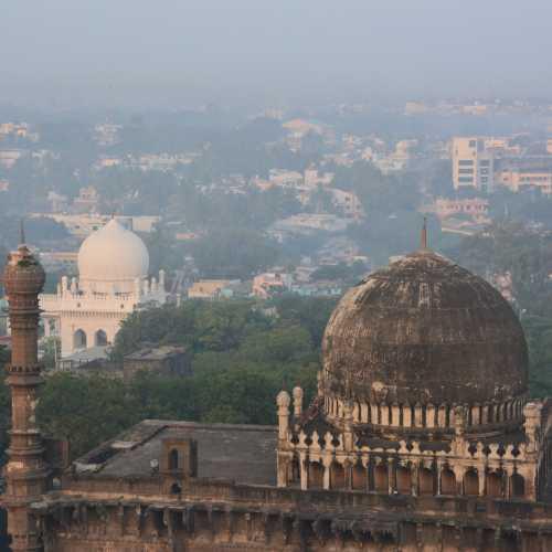 биджапур, India