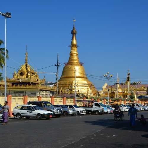 Botahtaung Pagoda, Myanmar Burma