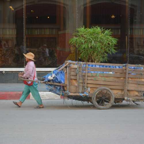 Paoy Paet, Cambodia