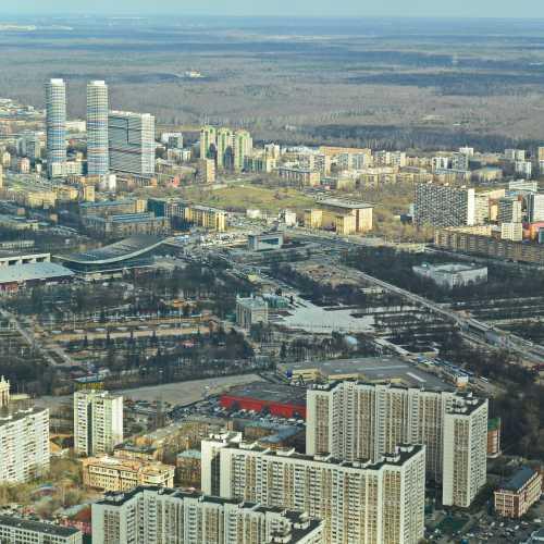 Вид с обзорной площадки Останкинской телебашни.