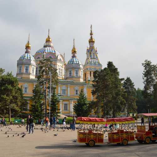 Алматы, Вознесенский собор