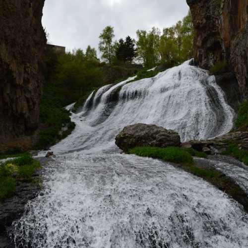 Джермук, водопад «Волосы русалки»