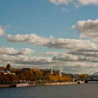 Vecrīga un tornis no Vanšu tilts