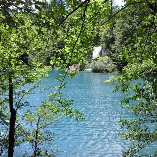 Национальный заповедник Хорватии — Плитвицкие озера.