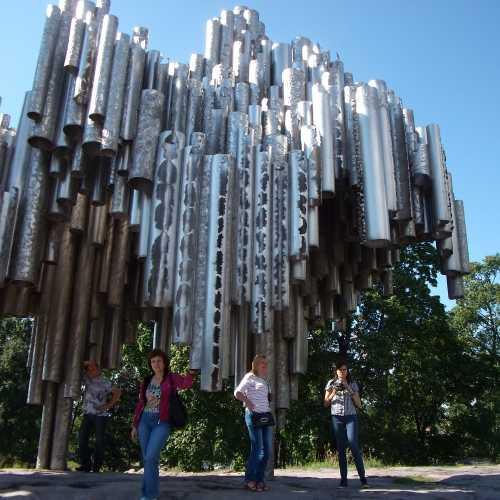 Памятник Себелиусу в Хельсинки